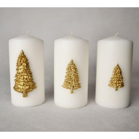 Zestaw trzech eleganckich świec z choinką